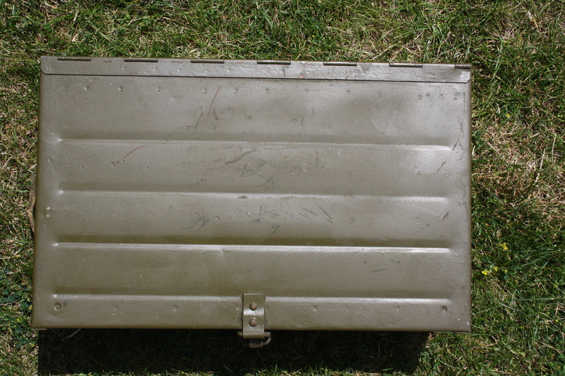 Caisse de chargeurs de BREN Img_5311
