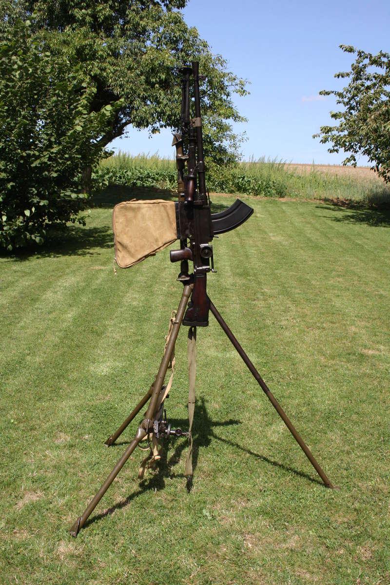 Le fusil-mitrailleur BREN MK II fabriqué au Canada par la Compagnie John Inglis - Page 3 Img_5616