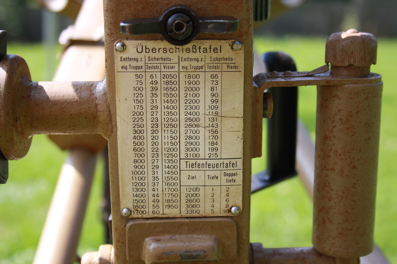 Lafette 42  (affut de MG 42) Img_6220