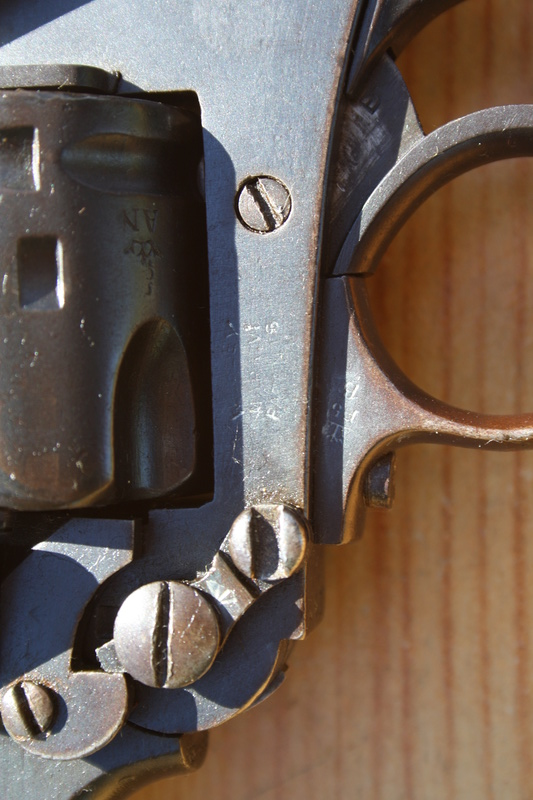 Revolver Webley MK VI Img_7028