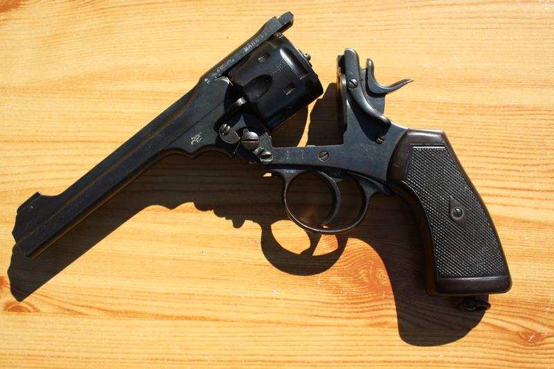 Revolver Webley MK VI Img_7029
