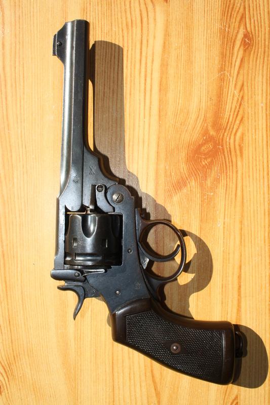 Revolver Webley MK VI Img_7032