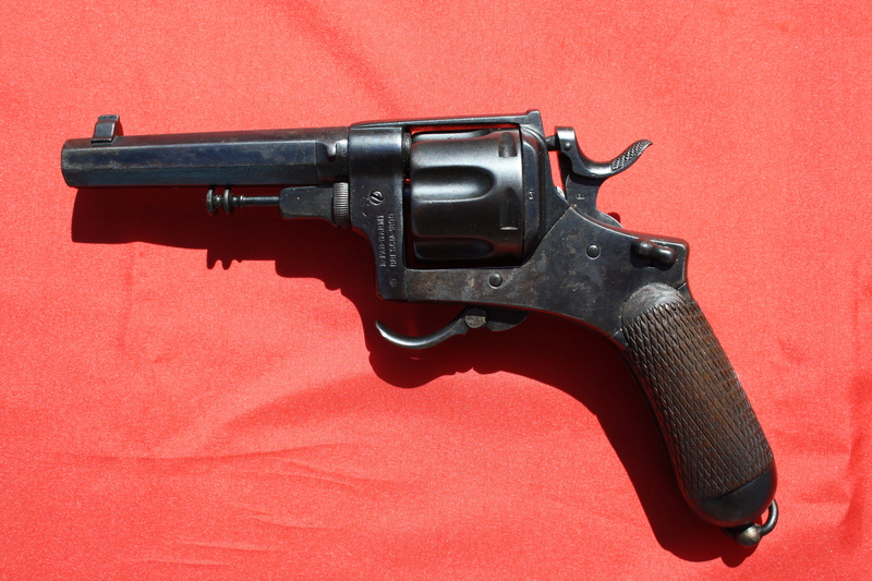 Revolver Bodeo modèle 1889 Img_9937