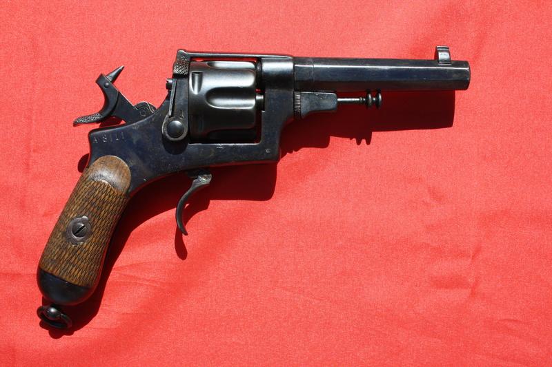 Revolver Bodeo modèle 1889 Img_9939