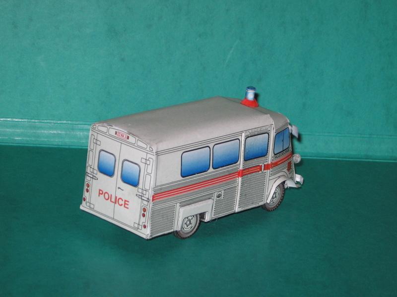 """Citroën type H """"Ambulance Agglomération de Bruxelles"""" Img_1010"""
