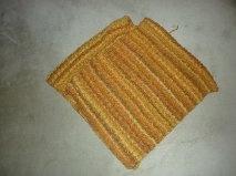 Ponchos tricotés main Orange10