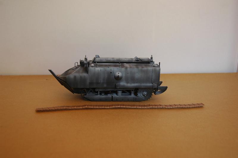 Le Schneider Ca Armored de Hobby Boss au 1/35ème Dsc_0010