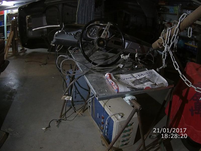 restauration de ma caravelle -> floride S R1131 - Page 2 File0013