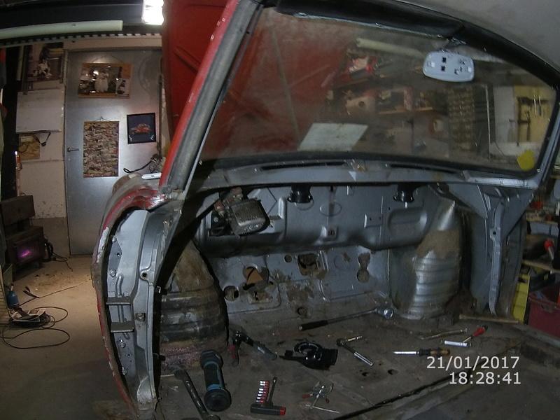 restauration de ma caravelle -> floride S R1131 - Page 2 File0014