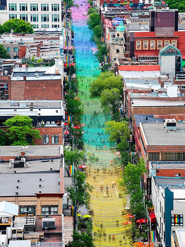 18 nuances de gai et Boules roses, Montréal (Canada) Sans-t11