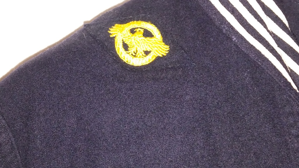 My Navy Jumper Collection - Page 2 19700474