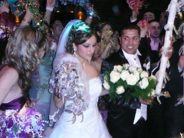 صوروفيديومن حفلة زواج سنان وساره في المانيا أحيتها المتألقه جوليانا جندو A5_bmp10