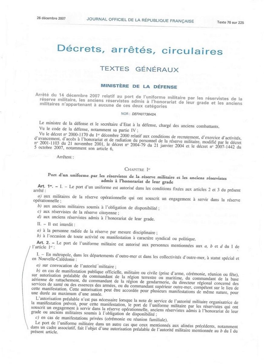 [LES TRADITIONS DANS LA MARINE] TENUE DANS LA MARINE- TOME 02 151