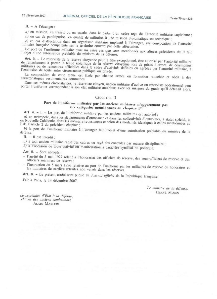 [LES TRADITIONS DANS LA MARINE] TENUE DANS LA MARINE- TOME 02 225