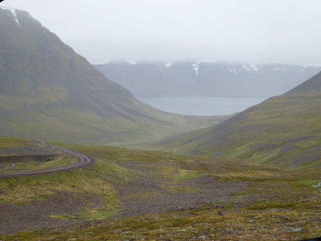 Islande, un jour, une photo - Page 9 P1010110