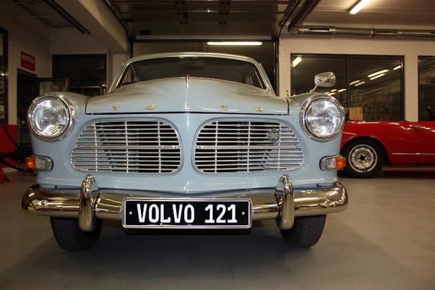 Bienvenue aux 121-130ème inscrit(e)s Volvo_10