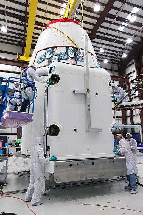 Lancement, mission & retour sur terre: Dragon - CRS2/SPX2  Sans_t76