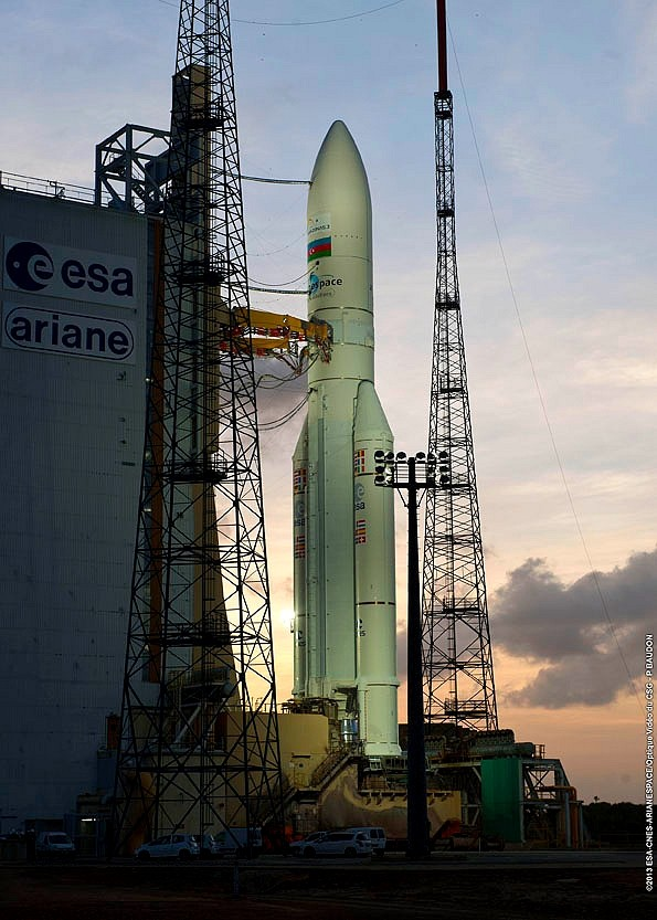 Lancement Ariane 5 ECA VA212 / Amazonas 3 + Azerspace - 7 février 2013 Sans_t96