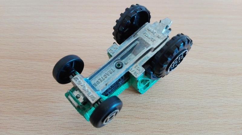 N°208 tracteur Img_2010