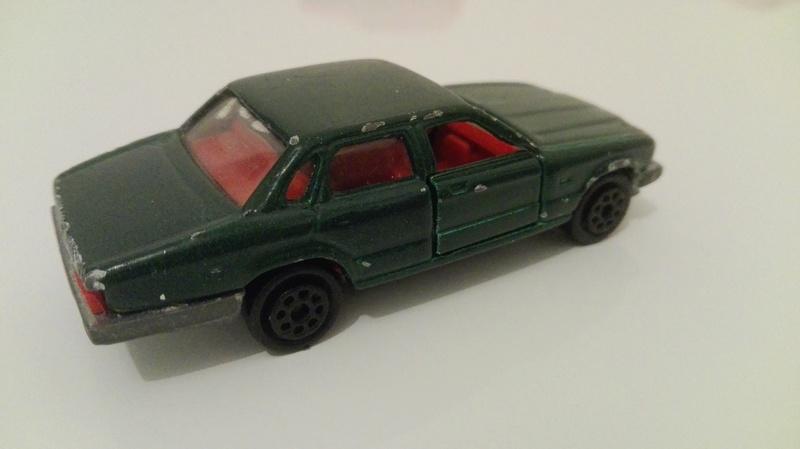 N°293 Jaguar XJ6 Img_2046
