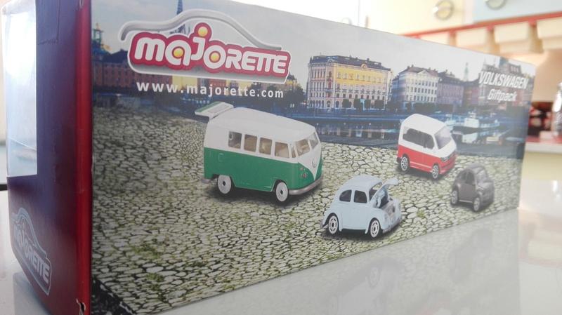 Volkswagen giftpack collector de chez Muller Allemagne  Img_2086