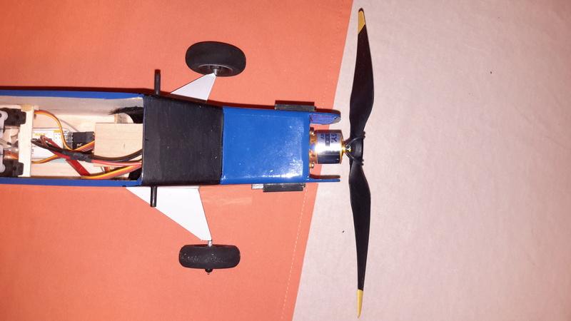 Piper Cub J3, Kit SIG Herr 302 - Page 2 20170824