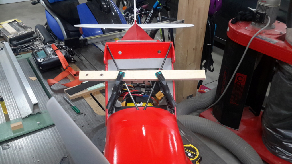 Teasing : Construction Piper PA18 ... - Page 37 20181045