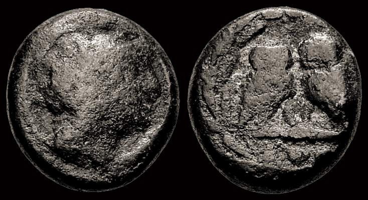 grecque : 2 pigeons ou 2 aigles ? Athyne10
