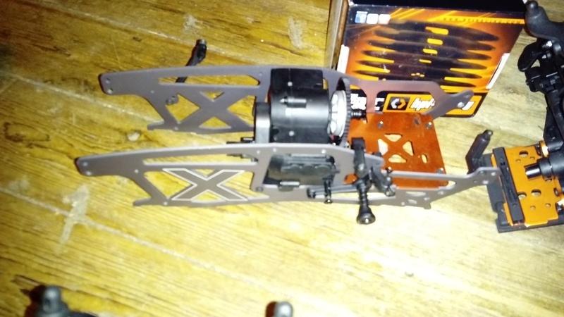 Hey !! Je suis de retour avec ... juste un chassis !!! - Page 2 Dsc_0516