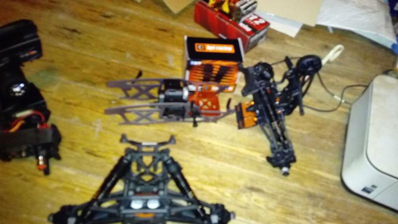 Hey !! Je suis de retour avec ... juste un chassis !!! - Page 2 Dsc_0518