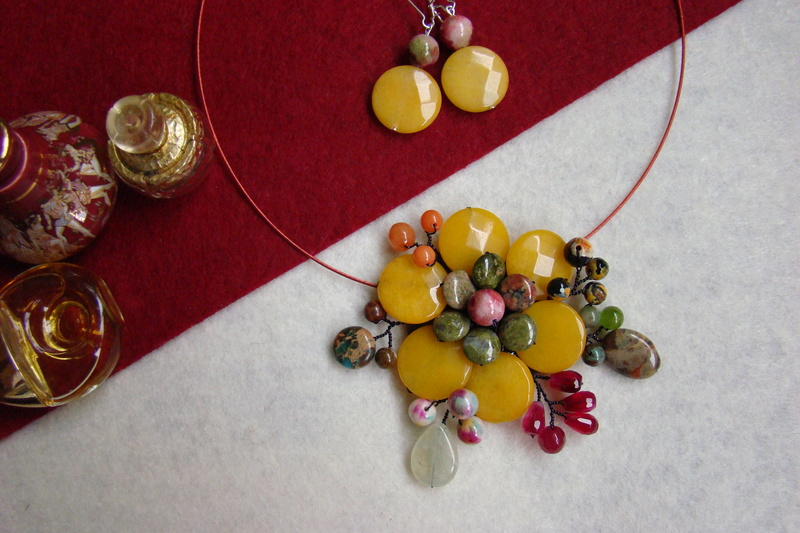 """""""Flori de piatră-Bijoux"""" albumul II-bijuterii artizanale marca Didina Sava - Pagina 11 Colie111"""