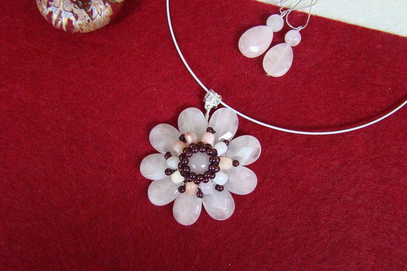 """""""Flori de piatră-Bijoux"""" albumul II-bijuterii artizanale marca Didina Sava - Pagina 11 Colie124"""