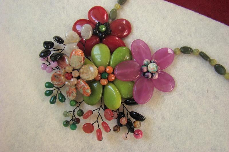 """""""Flori de piatră-Bijoux"""" albumul II-bijuterii artizanale marca Didina Sava - Pagina 10 Colier10"""