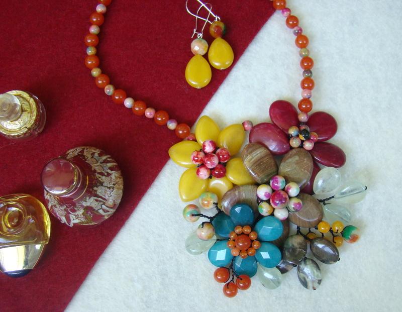 """""""Flori de piatră-Bijoux"""" albumul II-bijuterii artizanale marca Didina Sava - Pagina 10 Colier39"""
