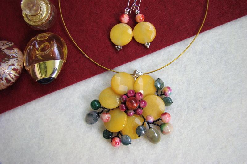"""""""Flori de piatră-Bijoux"""" albumul II-bijuterii artizanale marca Didina Sava - Pagina 9 Colier57"""