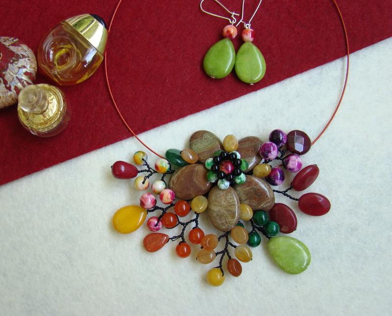 """""""Flori de piatră-Bijoux"""" albumul II-bijuterii artizanale marca Didina Sava - Pagina 9 Colier67"""