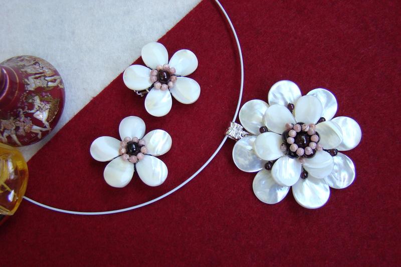 """""""Flori de piatră-Bijoux"""" albumul II-bijuterii artizanale marca Didina Sava - Pagina 9 Colier86"""