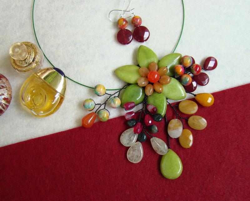 """""""Flori de piatră-Bijoux"""" albumul II-bijuterii artizanale marca Didina Sava - Pagina 10 Colier88"""
