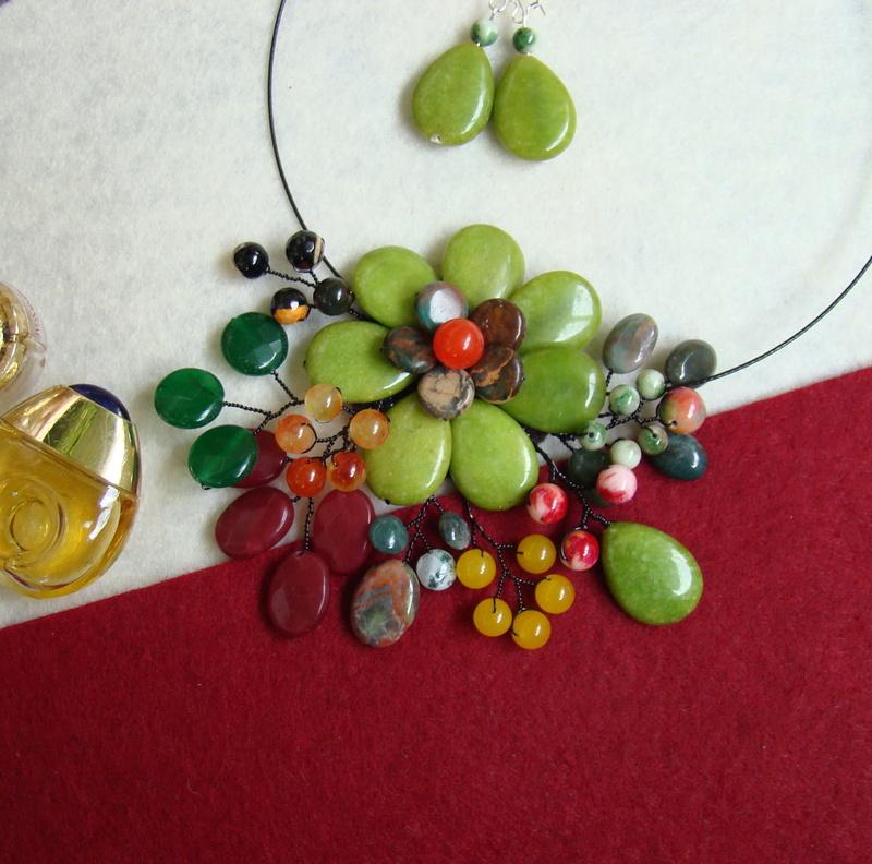 """""""Flori de piatră-Bijoux"""" albumul II-bijuterii artizanale marca Didina Sava - Pagina 10 Colier90"""