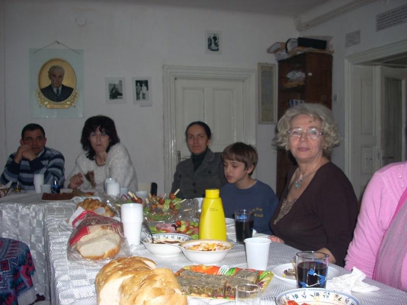 Prieteni sărbătorind un prieten- Liviu Apetroaie la 39 ani Liviu_16
