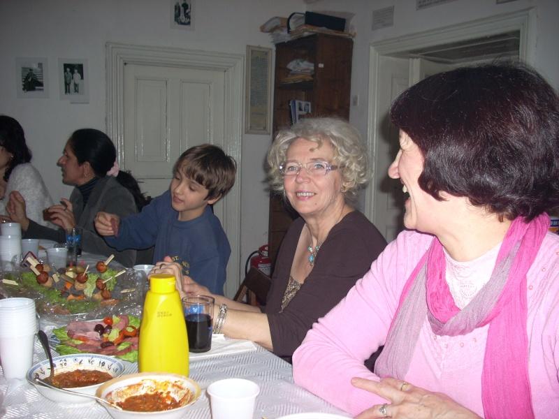 Prieteni sărbătorind un prieten- Liviu Apetroaie la 39 ani Liviu_18
