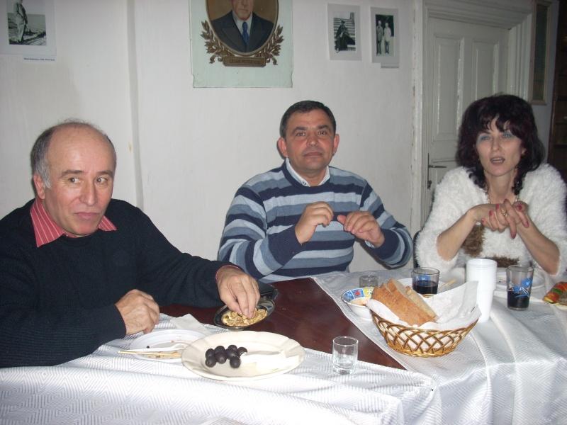 Prieteni sărbătorind un prieten- Liviu Apetroaie la 39 ani Liviu_21