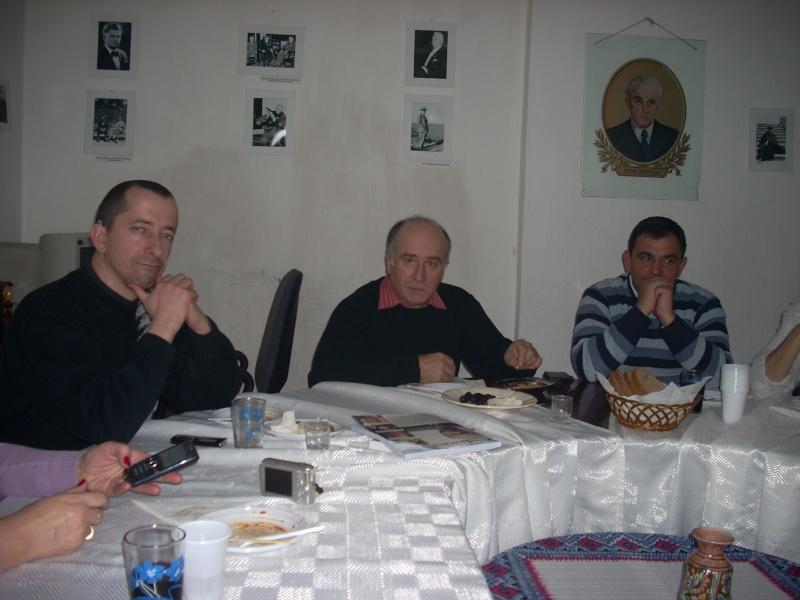 Prieteni sărbătorind un prieten- Liviu Apetroaie la 39 ani Liviu_22