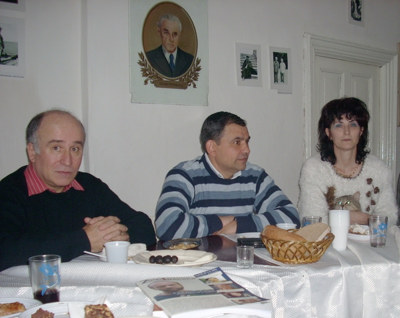 Prieteni sărbătorind un prieten- Liviu Apetroaie la 39 ani Liviu_28