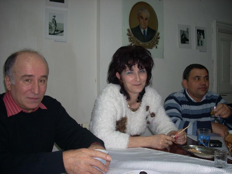 Prieteni sărbătorind un prieten- Liviu Apetroaie la 39 ani Liviu_46