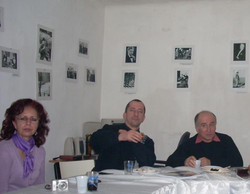 Prieteni sărbătorind un prieten- Liviu Apetroaie la 39 ani Liviu_51