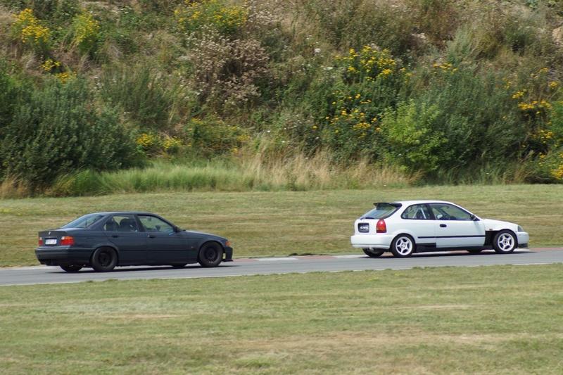 BMW E36 320i pour faire du Grift - Page 8 21083210