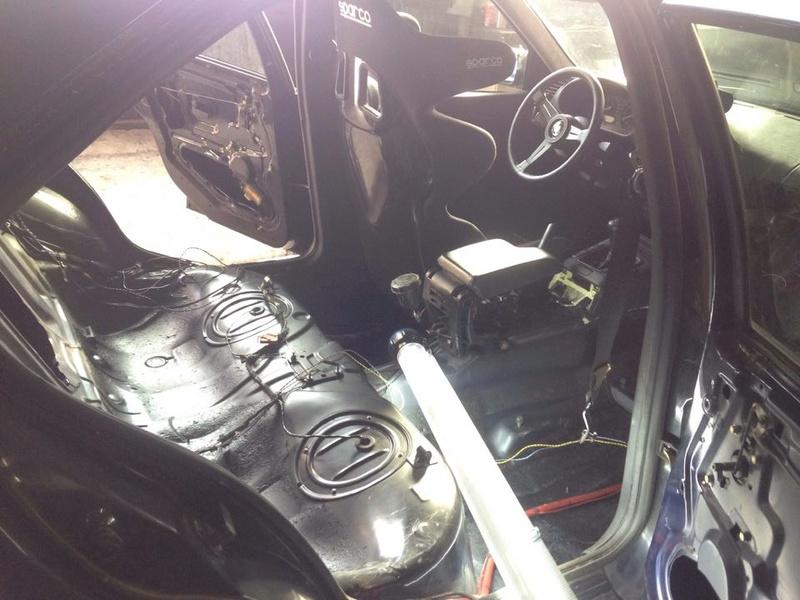 BMW E36 320i pour faire du Grift - Page 8 21698110