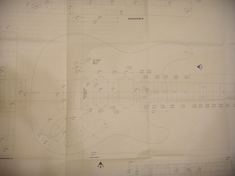 je cherche les dimension d une fender stratocaster Strato11