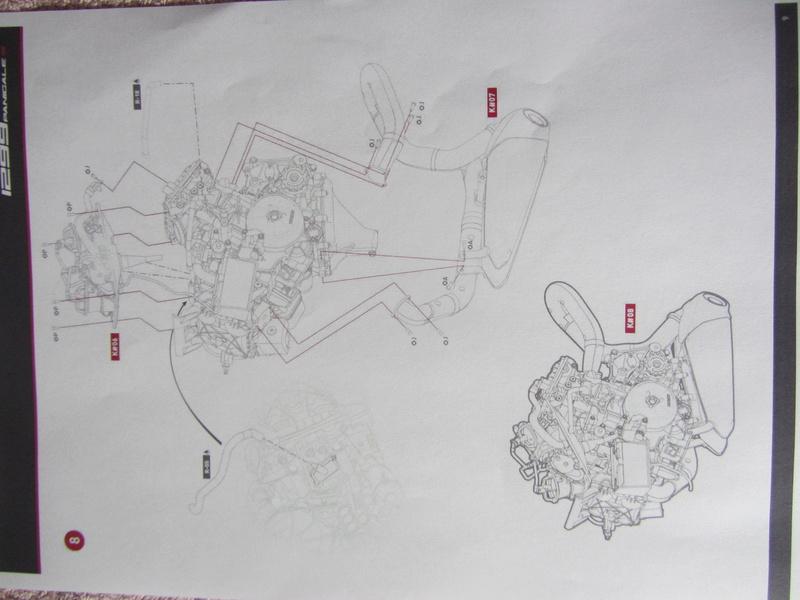 DUCATI SUPERBIKE 1299 PANIGALE S -  1:4 - Pocher gebaut von XEDOS - Seite 2 Img_6410